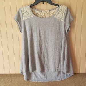 Rewind top size large juniors gray cream lace